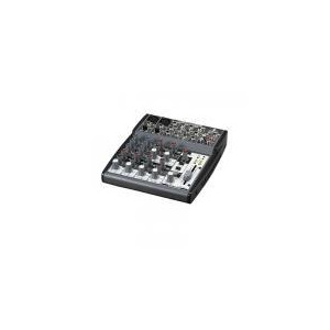 Photo of Behringer XENYX 1002 Mixer Turntables and Mixing Deck