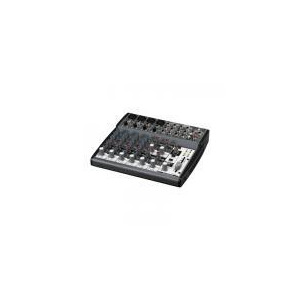 Photo of Behringer XENYX 1202 Mixer Turntables and Mixing Deck