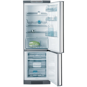 Photo of AEG S70318KG5 Fridge Freezer
