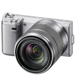 Sony Alpha NEX-5NK with 18-55mm lens Reviews