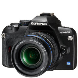 Olympus E-420 with 17.5-45mm Zoom Lens Reviews