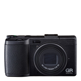 Ricoh GR Digital IV Reviews