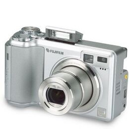 Fujifilm FinePix E550 Reviews