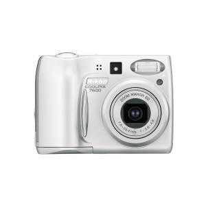 Photo of Nikon Coolpix 7600 Digital Camera