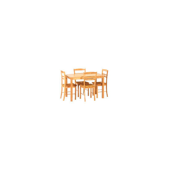 Manila 4 seat dining table and 4 chairs
