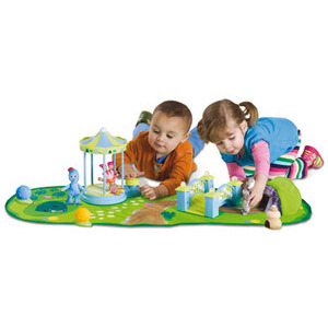 Photo of In The Night Garden - Cozy Wozy World Figure Playset Toy