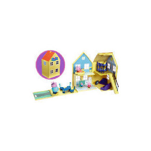 Photo of Peppa Pig Deluxe Playhouse Toy