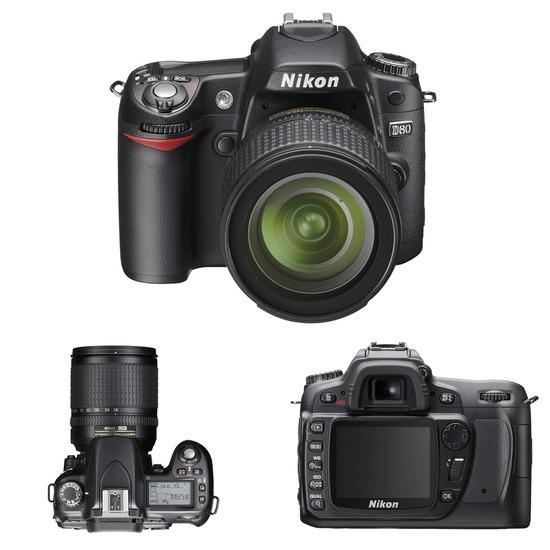 Nikon D80 with 18-55mm VR Lens kit