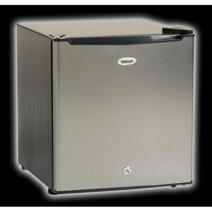 Photo of IGENIX IG6740 Freezer
