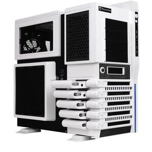 Photo of Thermaltake VN10006W2N Computer Case