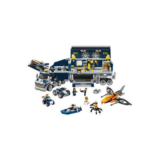 Lego Agents Mission 6: Mobile Command Centre 8635