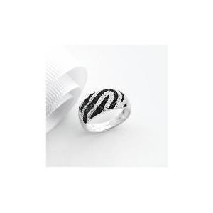 Photo of 9CT White Gold 10POINTs Black and White Diamond Ring N Jewellery Woman
