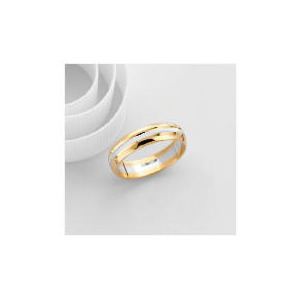 Photo of 9CT Two Tone Gold Gents Wedding Ring P Jewellery Woman