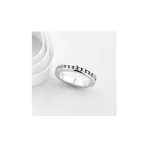 Photo of 18CT White Gold 1 Carat Diamond Full Eternity Ring, L Jewellery Woman