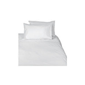 Photo of Tesco Pintuck Kingsize Duvet Set, White Bed Linen