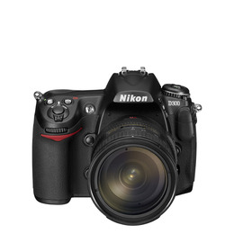 Nikon D300 with 18-200mm lens Reviews