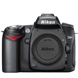 Nikon D90 with 55-200mm lens Reviews