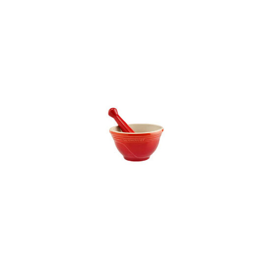 Le Creuset Volcanic Pestle and Mortar