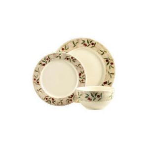 Photo of Tesco Autumn Berries 12 Piece Set Dinnerware
