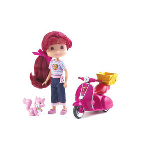 Photo of Berry Sweet Scooter With Strawberry Shortcake and Custard Toy