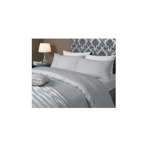 Photo of Hotel 5* Faux Fur Throw, Grey Cushions and Throw