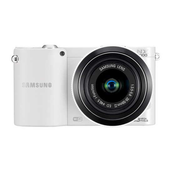 Samsung NX1000 with 20-50mm lens