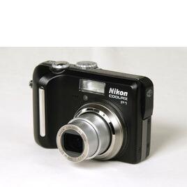 Nikon Coolpix P1 Reviews