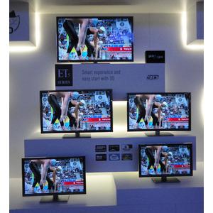 Photo of Panasonic TX-L47ET5B Television