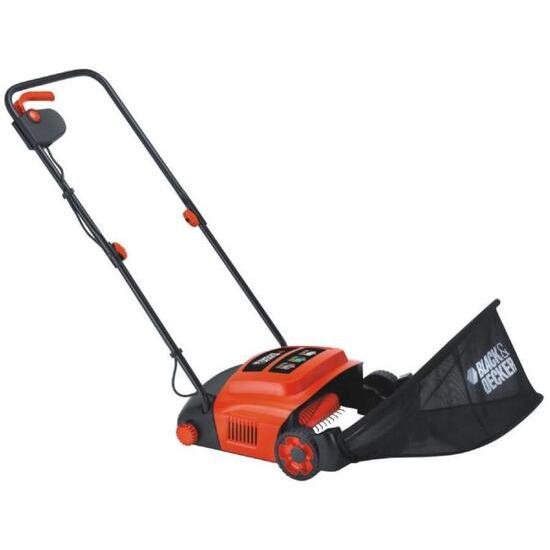 Black and Decker Lawn raker GD300-GB