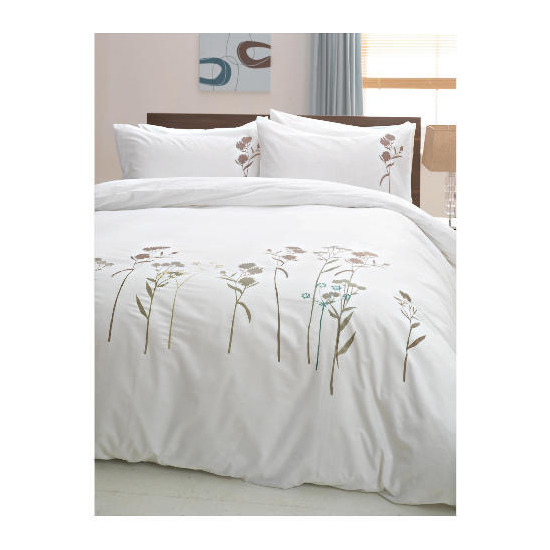 Tesco Wild Flowers Embroidered Duvet Set Double, White