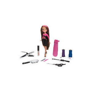 Photo of Bratz Magic Grow and Cut Hair Cloe Toy