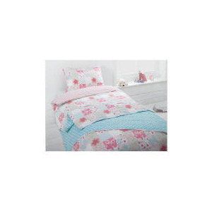Photo of Kids Floral Patchwork Quilt Bed Linen