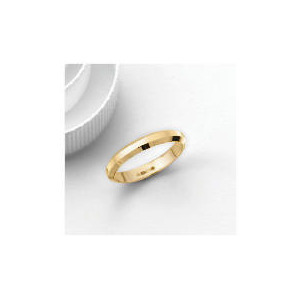 Photo of 9CT Gold 3MM Bevelled Edge Wedding Band, Q Jewellery Woman