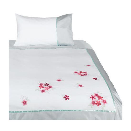 Tesco Imogen Embroidered Duvet Set Single, White