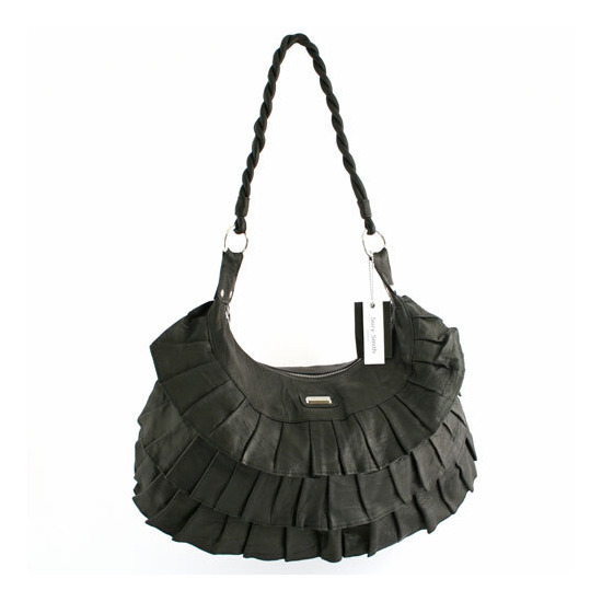 Suzy Smith Leather Pleat Bag Black