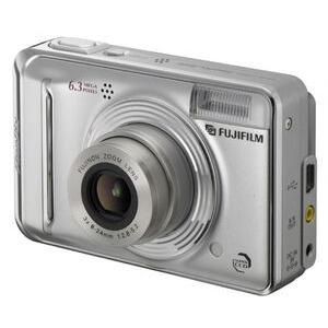 Photo of Fujifilm FinePix A600 Digital Camera