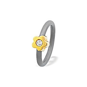 Photo of 18K Gold Flower Design Titanium Ring Jewellery Woman