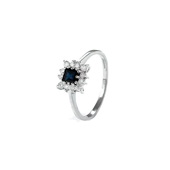 9K White Gold Diamond and Sapphire Cluster Ring