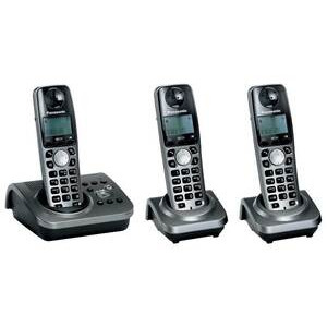Photo of Panasonic KX-TG7233EM Landline Phone