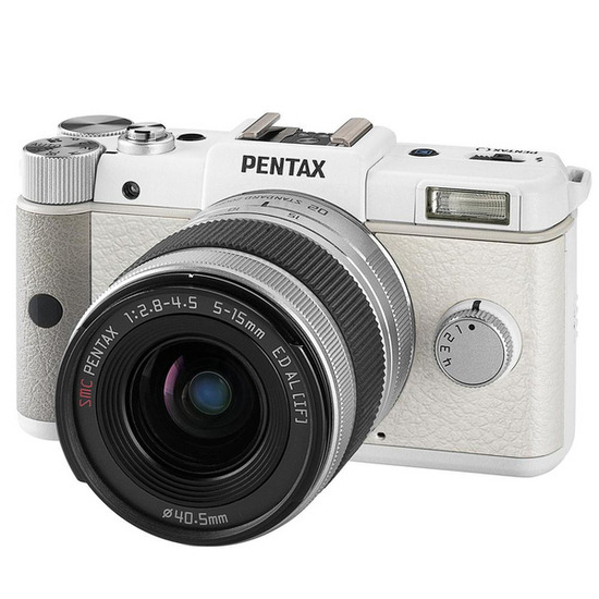 Pentax Q with 5-15mm Lens