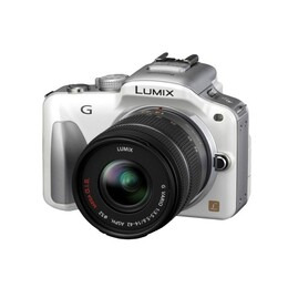 Panasonic DMC-G3 with Lumix G 14-42mm Lens Kit Reviews