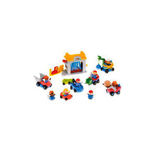 Photo of Fisher-Price Wolp Car Wash Pack Out Toy
