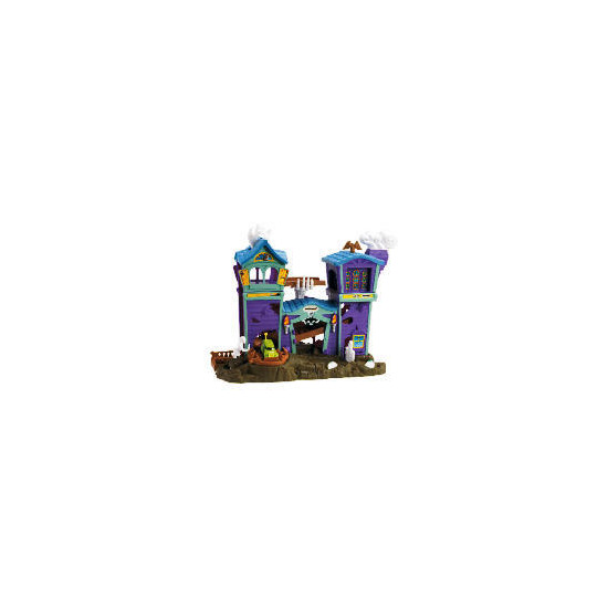 Matchbox Hero City Haunted House Playset