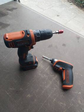 User supplied image of NL 3.6V Lithium Screwdriver with Right Angle Attachment