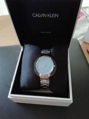 User supplied image of CALVIN KLEIN Made in Switzerland Water Resistance Blue Dial (Size 28mm) Quartz Women Watch