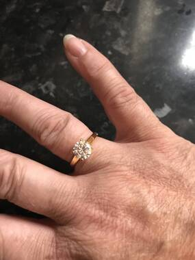 User supplied image of ELANZA Simulated White Diamond (Rnd) Solitaire Ring in Yellow Gold Overlay Sterling Silver