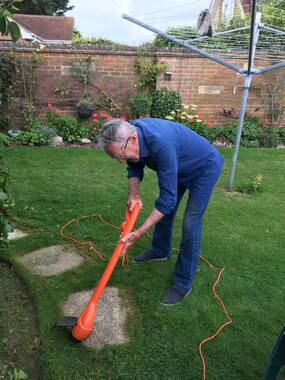 User supplied image of 250W String Trimmer
