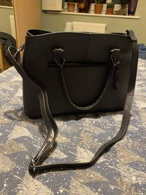 User supplied image of 100% Genuine Leather Shoulder Bag with Detachable Strap (Size 34.5x10.5x25 Cm) - Black