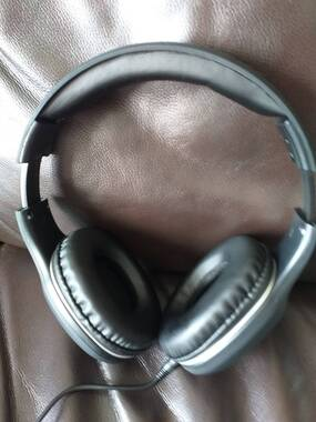 User supplied image of WDK ABS On-Ear and Over-Ear Headphone : One Size : Black