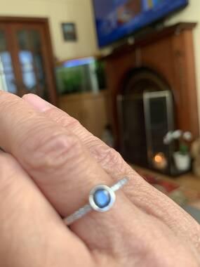 User supplied image of 9K White Gold Blue Diamond (Rnd), White Diamond (I1/G-H) Ring 0.50 Ct.